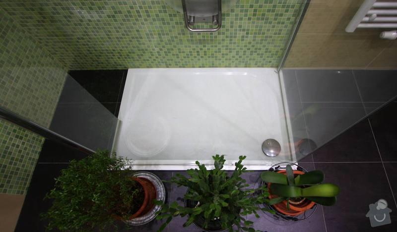 Koupelna s atypickým sprchovým koutem: 11