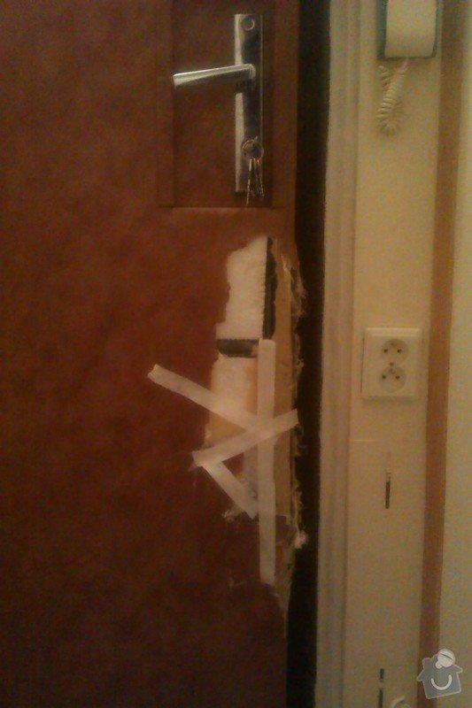 Čalounění vchodových dveří: IMAG0800