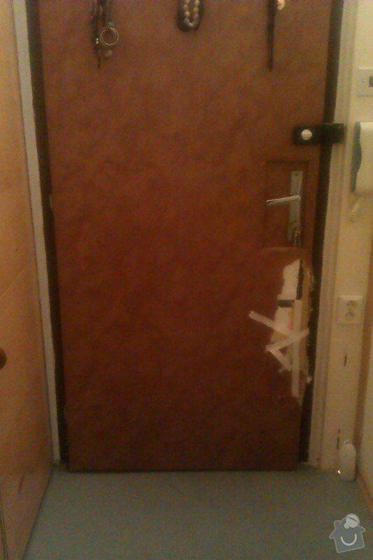 Čalounění vchodových dveří: IMAG0799