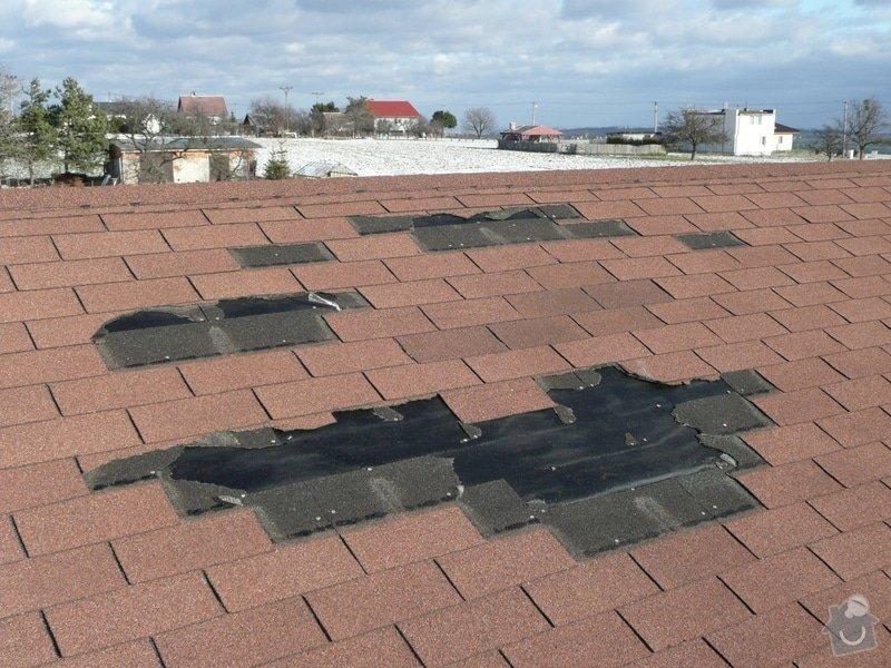Položení bonského šindele na vichřicí poškozenou střechu: P1130314_kopie