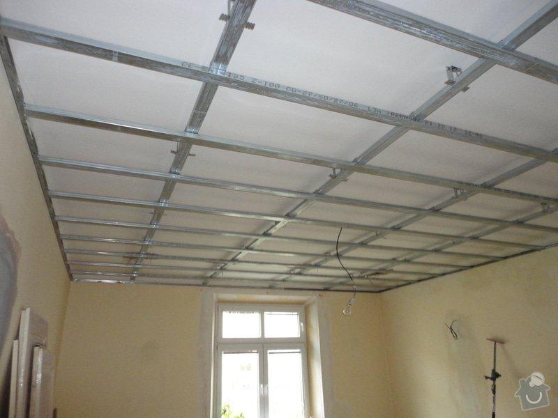 Sádrokarton - stropy s ukotvením: DSC01531