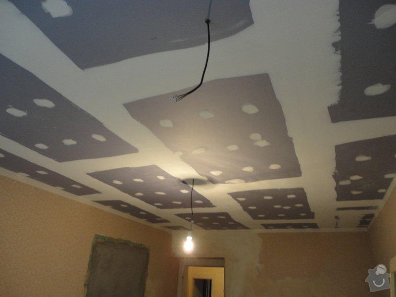 Sádrokarton - stropy s ukotvením: DSC01542