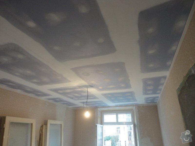 Sádrokarton - stropy s ukotvením: DSC01543