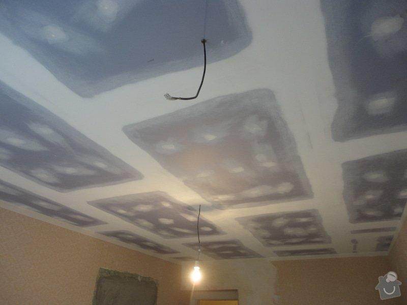 Sádrokarton - stropy s ukotvením: DSC01547