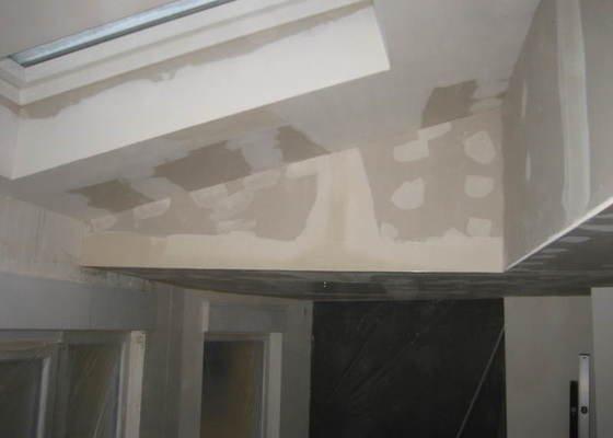 Zateplení a sádrokartonový strop ve 2 místnostech