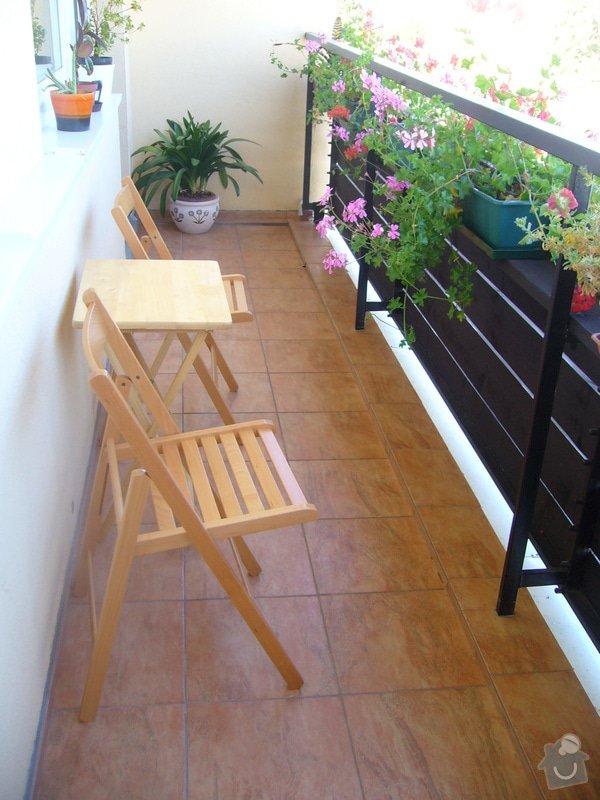 Lodžie a koupelna v panelovém domě: P1130070