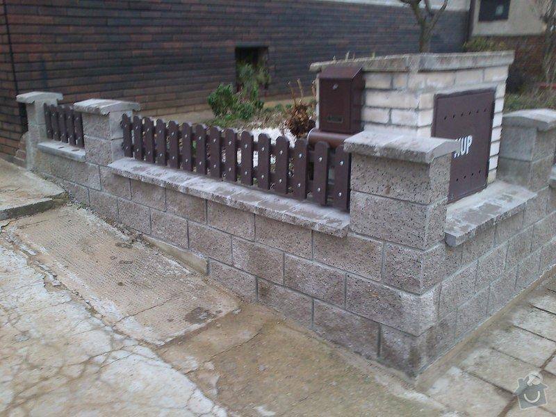 Stavba plotu ze štípaných tvárnic: DSC_0539