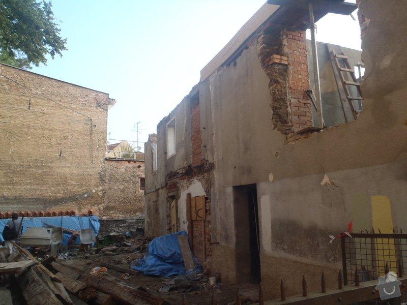 Kompletní rekonstrukce domů r.1713: P1101329