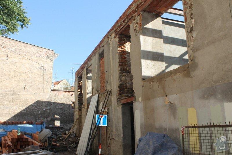 Kompletní rekonstrukce domů r.1713: 019
