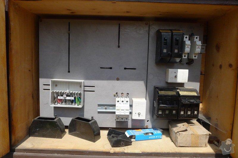 Připojení elektřiny - revizi rozvaděče: P1090845