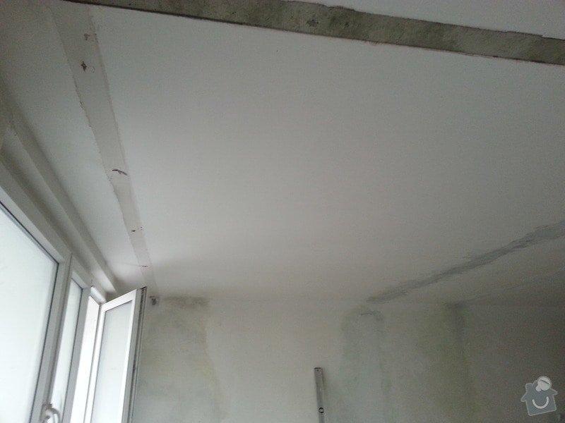Podhled v prostoru obývák/kuchyň: 20140116_094711