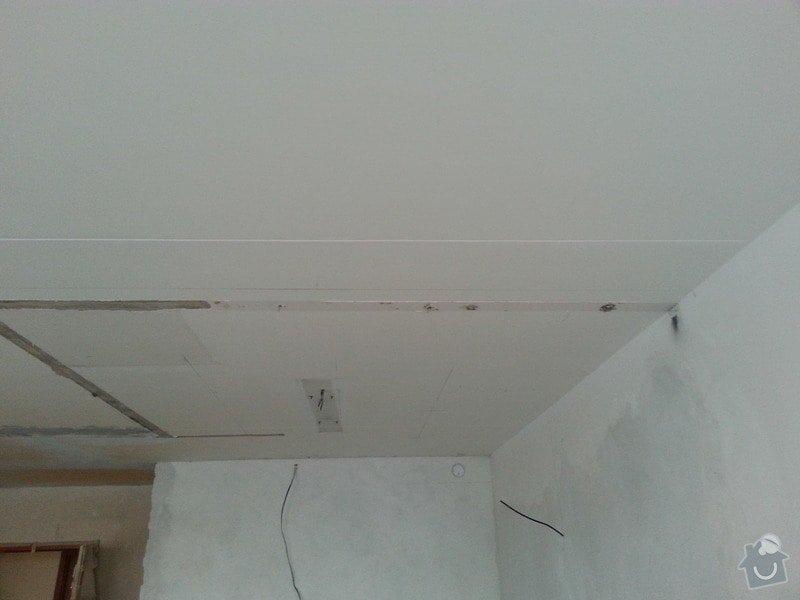 Podhled v prostoru obývák/kuchyň: 20140116_094713