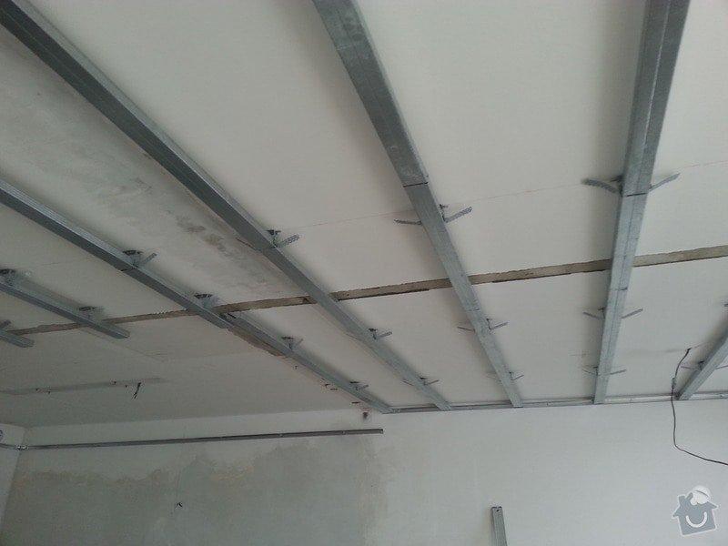 Podhled v prostoru obývák/kuchyň: 20140116_143512