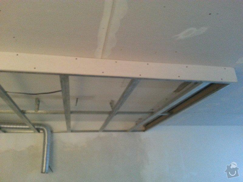 Podhled v prostoru obývák/kuchyň: 20140116_160130