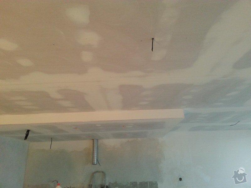Podhled v prostoru obývák/kuchyň: 20140117_104751
