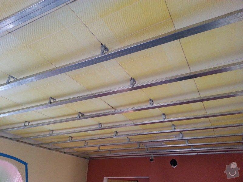 Sádrokarton-strop v obývacím pokoji: 20140204_105411