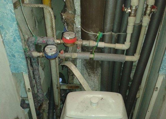 Instalatérská práce (výměna vodovodů +odpad v panelovém jádře)