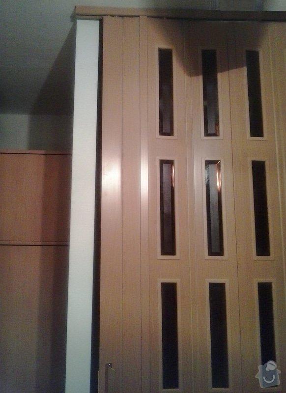 Montáž shrnovacích dveří: 2014-02-10_19.57.05