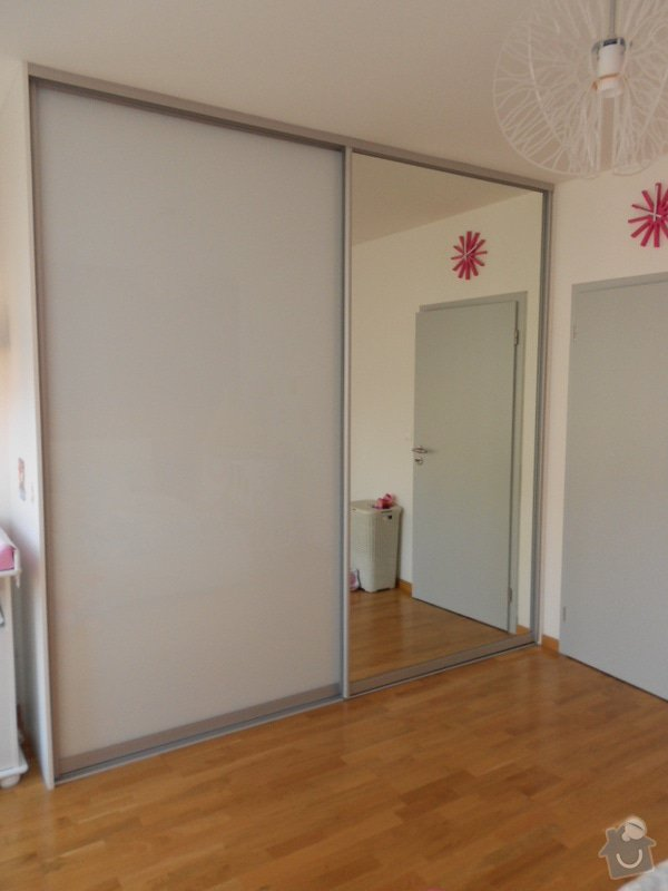 Zařízení nového bytu, vestavná skříň, obývací stěna, koupelnový nábytek: DSCN1026