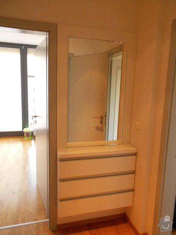 Zařízení nového bytu, vestavná skříň, obývací stěna, koupelnový nábytek: DSCN1028