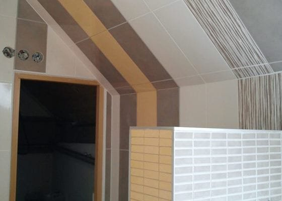 Obklad koupelny podkroví