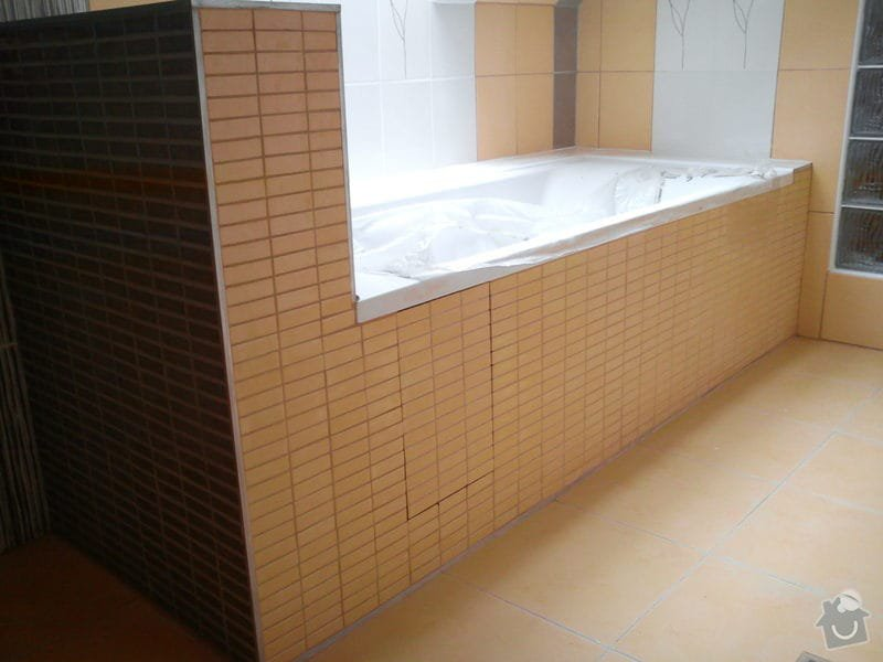 Obklad koupelny podkroví: DSC00704