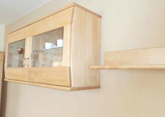 Masivní nábytek na zakázku + interiérové dveře