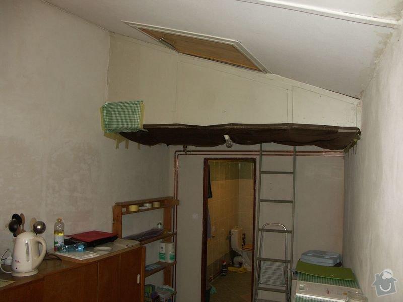 Rekonstrukce dřevěných stropů a podlahy půdy, přístupu na půdu a termoizolace: 1pred_chodba_pred_koupelnou_a_prulez_na_pudu