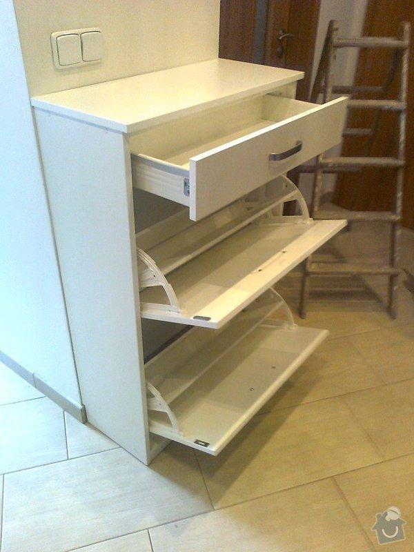 Výroba vestavěné skříně a botníku : fotografie1705_001