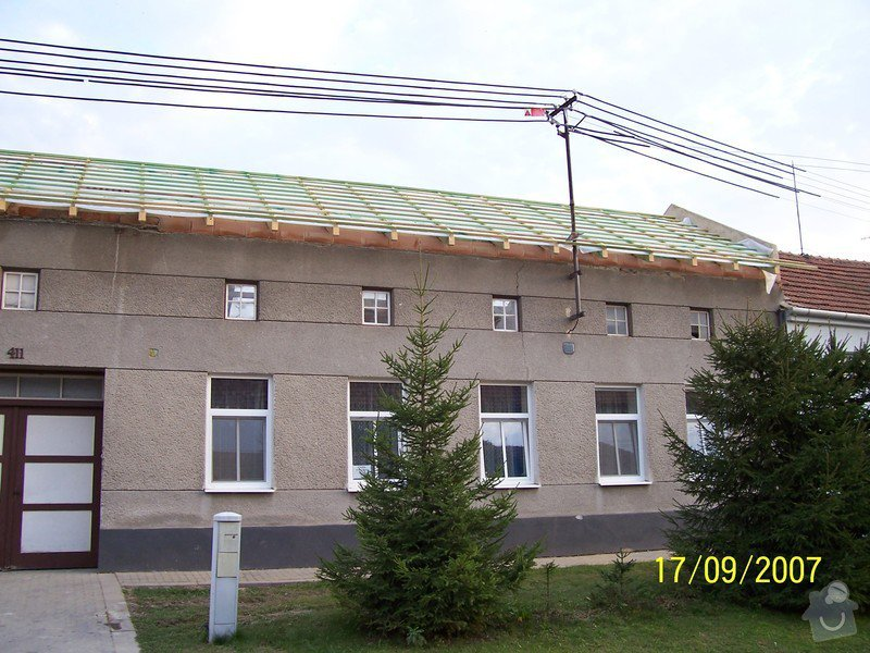 Nátěr fasády domu: 100_3217