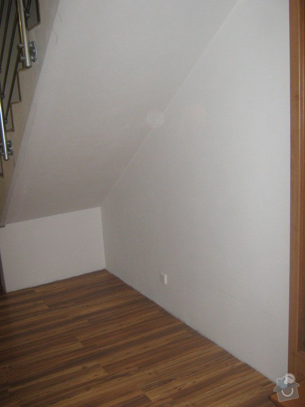Skříň na míru do prostoru chodby pod schody: IMG_2273