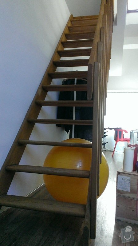 Vestavěná skříň pod schody: Stavajici_stav_3