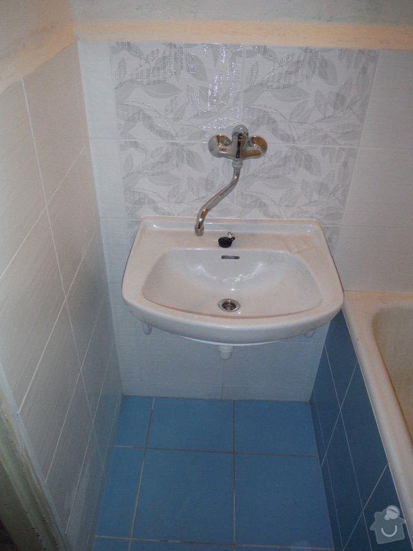 Nový obklad a dažba v koupelně a WC: DSCF0467