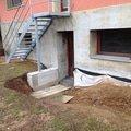 Hydroizolace zakladu domu vybetonovat schody ze sklepa na zah img 1012