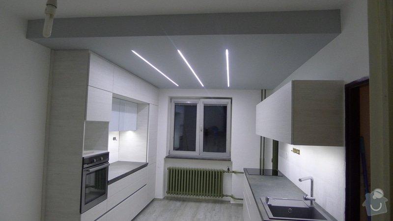 Sádrokartonové příčky a další: snizeni-a-srovnani-stareho-stropu-zabudovani-led-osvetleni_P1030254