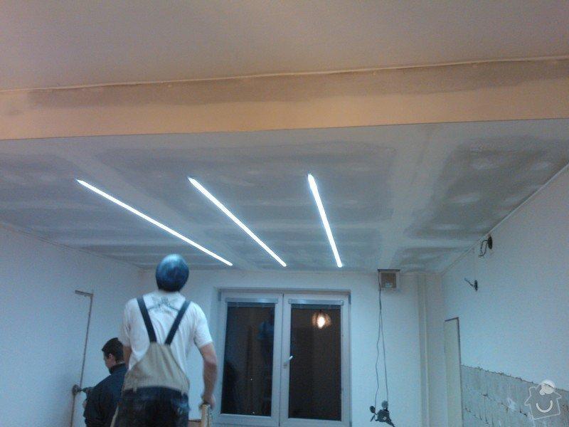 Sádrokartonové příčky a další: snizeni-a-srovnani-stareho-stropu-zabudovani-led-osvetleni_WP_002336