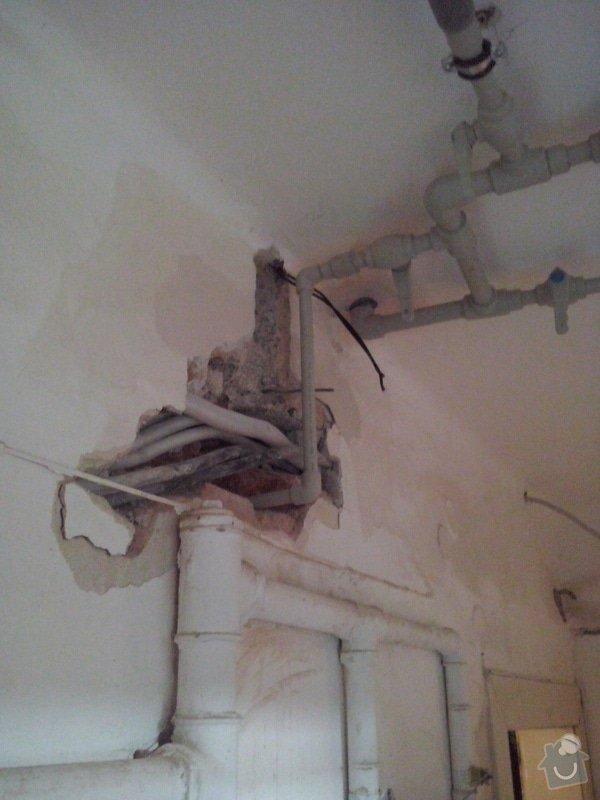 Instalatérské práce (posun vodovodní trubky): CAM00735
