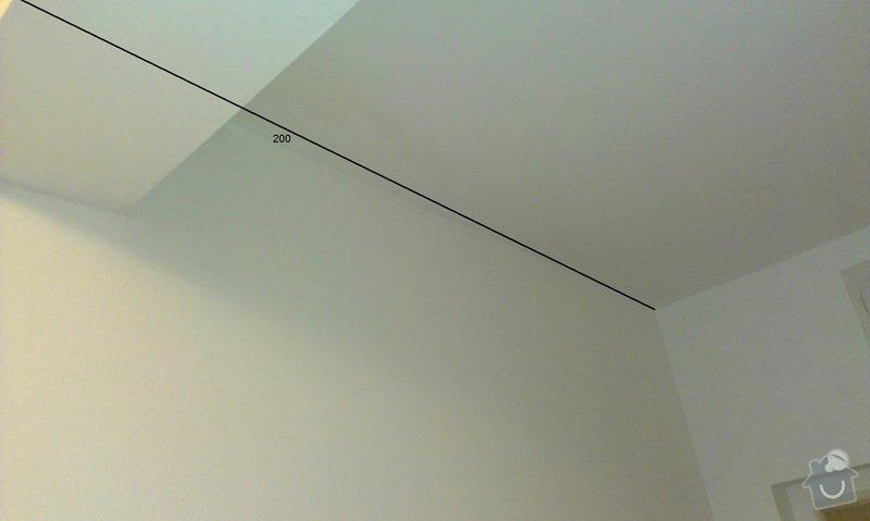 Stropní podhled s úložním prostorem: chodba_4