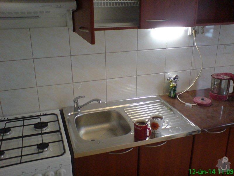 Rekonstukce ZTI,ÚT,Plynu v bytě: DSC00005