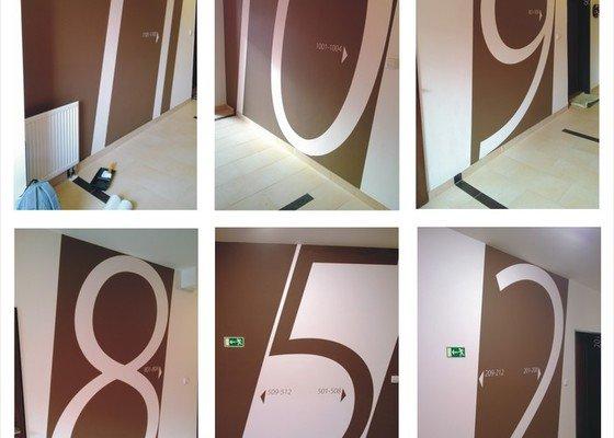 Dekorativní malby na Nové Harfě