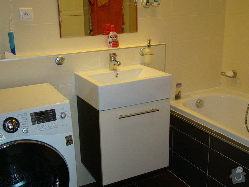 Vestavná skříň a koupelnový nábytek: DSC07529