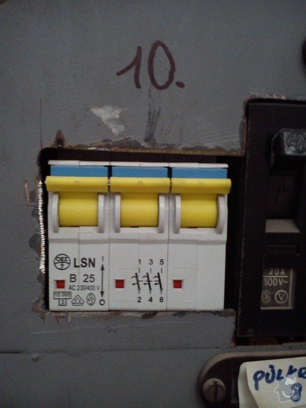 Oprava sklokeramického sporáku Whirpool: DSC_2037