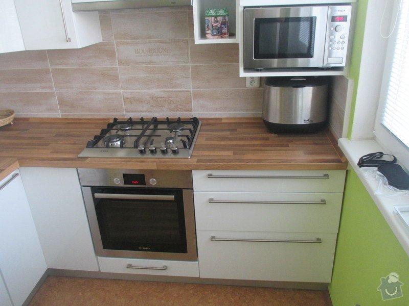 Rekonstrukce bytového jádra Kuchyňské Linky: IMG_0576