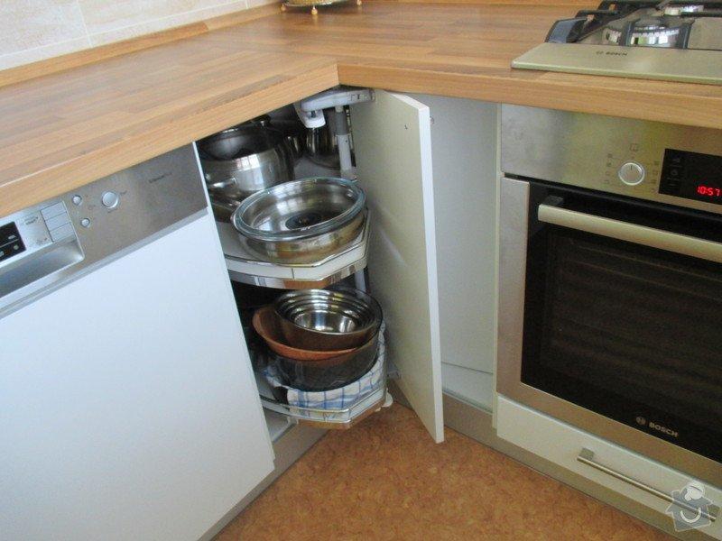 Rekonstrukce bytového jádra Kuchyňské Linky: IMG_0592