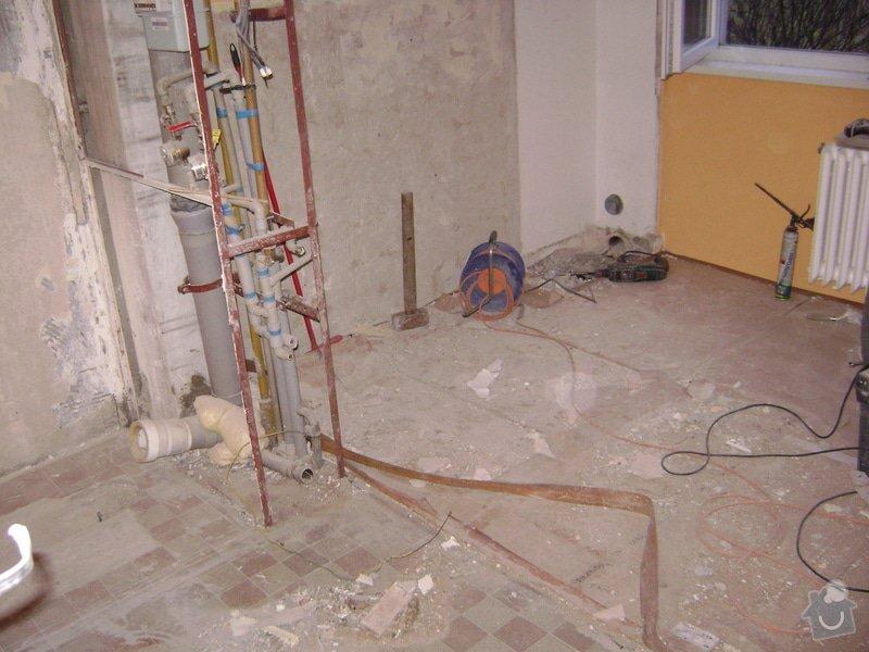 Rekonstrukce bytového jádra Kuchyňské Linky: DSC01298