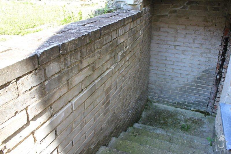 Rekonstrukce venkovního schodiště včetně zdi a pokládka betonové dlažby: IMG_4826