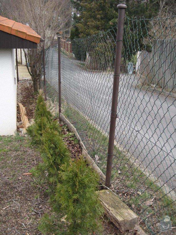 Betonovy plot na klic: Stav_predni_plot_2