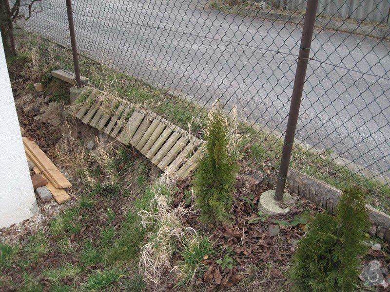Betonovy plot na klic: Stav_predni_plot_3
