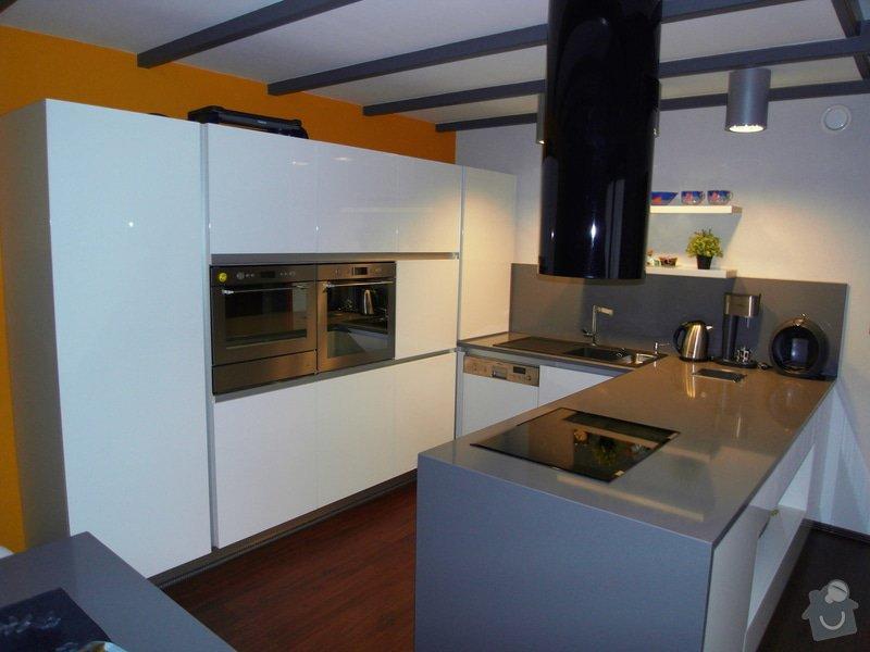 Výroba moderní kuchyně: SDC10182_kopie