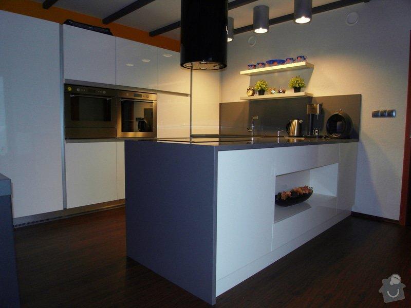 Výroba moderní kuchyně: SDC10184